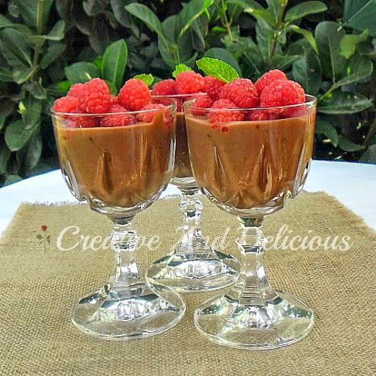 Raspberries with Chocolate Yoghurt Mousse ~ Enjoy a Chocolate Mousse without any guilt ! #ChocolateMousse #LowFatRecipe #HealthyRecipe