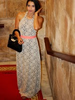 http://www.stylishbynature.com/2015/01/how-to-wear-lace-dresses-red-carpet-way.html