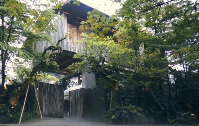 Rumah Taman Unik