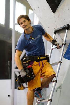 Marco Jubes con ropa de escalada de Avoremon