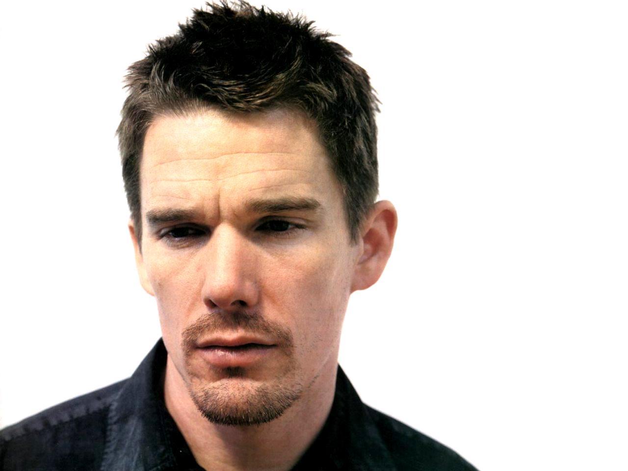 セレビッチ: イーサン・ホーク Ethan Hawke 推定資産 年収 年俸 収入 推移 出演料