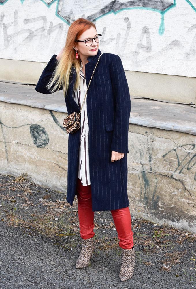 Lackleder Hose, Rot, wie style ich rotes Leder im Alltag