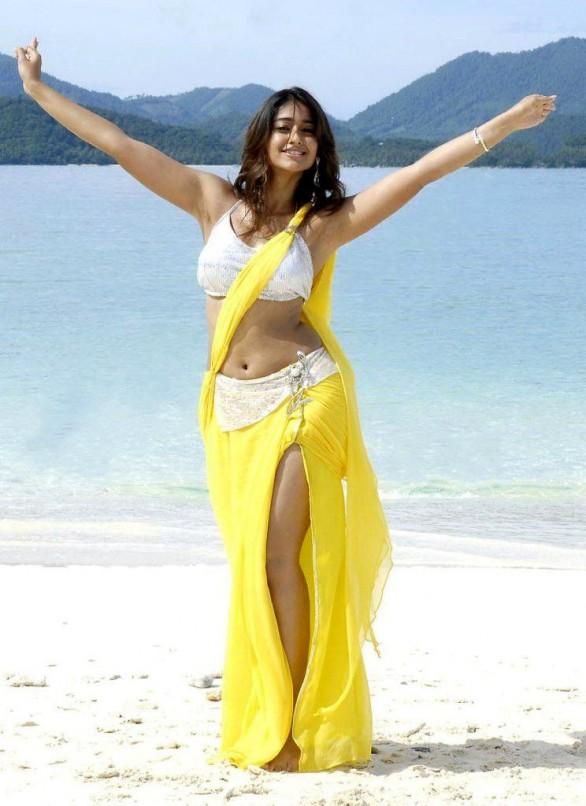 Actress Ileana in Beach Yellow Short Saree Stills