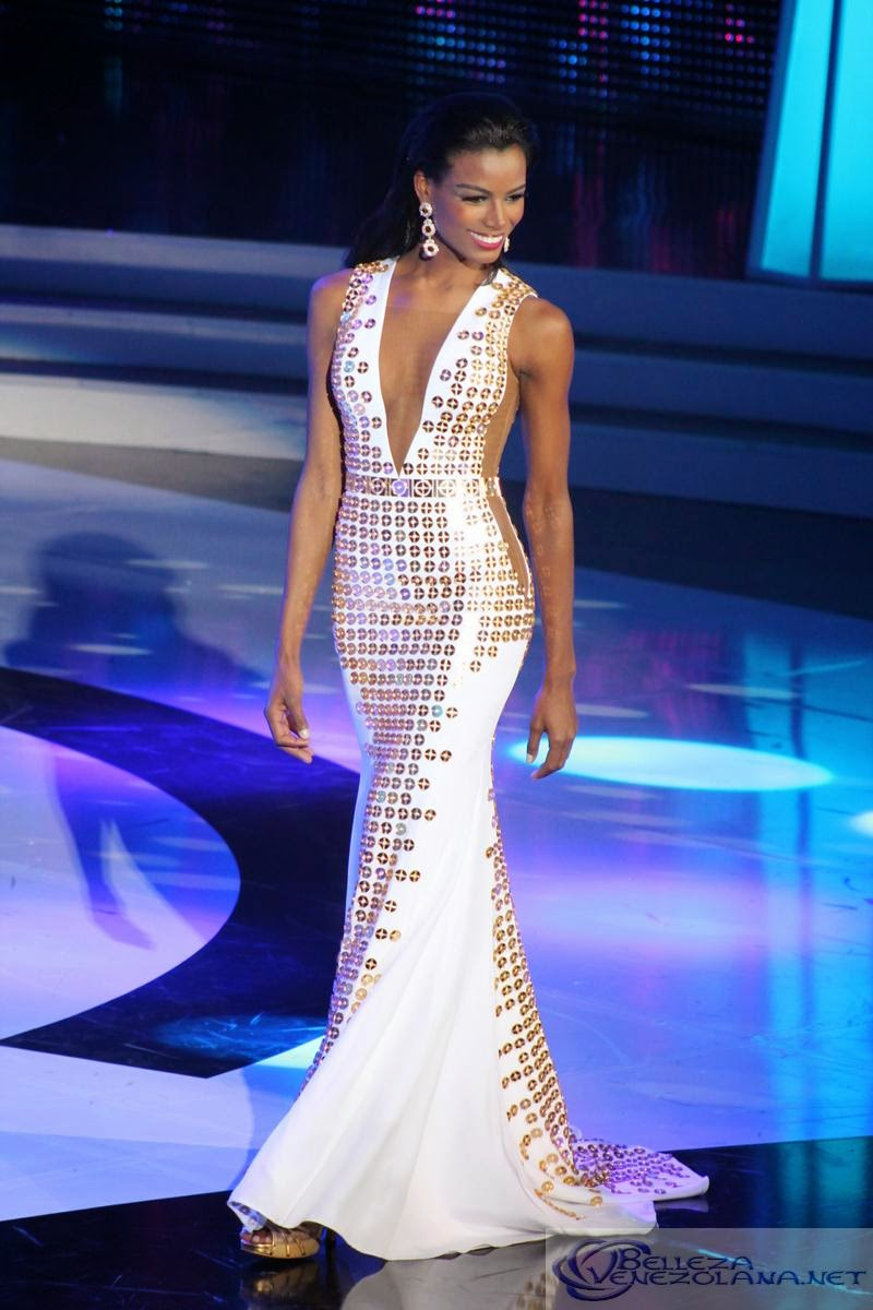 SASHES AND TIARAS.....Miss Venezuela 2014 Finals Evening Gowns RECAP ...