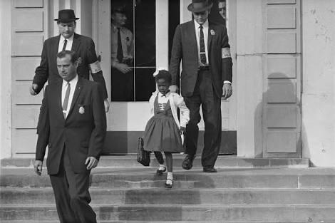 A incrível história de Ruby Bridges, uma garotinha ícone da luta pelos direitos civis nos EUA.
