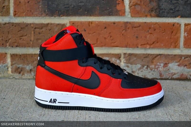 buy popular c0961 20c3d SNEAKER BISTRO - Streetwear Served w| Class: KICKS | Nike ...