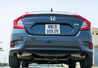 Hình ảnh đuôi xe Honda Civic 2018