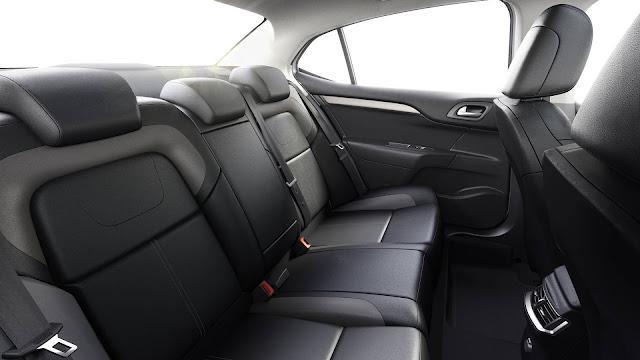 Novo Citroën C4 Lounge 2019 - interior