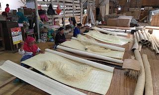 Indonesia Menjadi Exportir Tikar Lampit Rotan