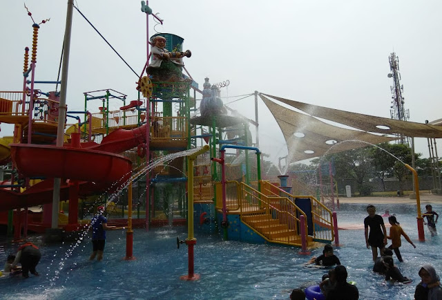 Liburan Seru di Go! Wet Grand Wisata Waterpark Bekasi