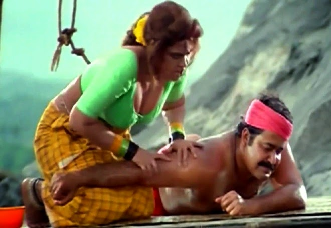 Silk Smitha Navel Show In Spadikam Song With Mohanlal