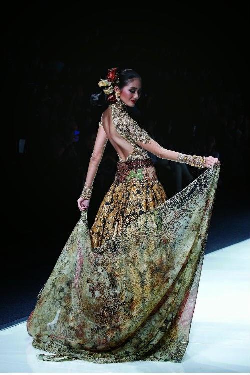 Baju Kebaya Modern Anne Avantie Terbaru