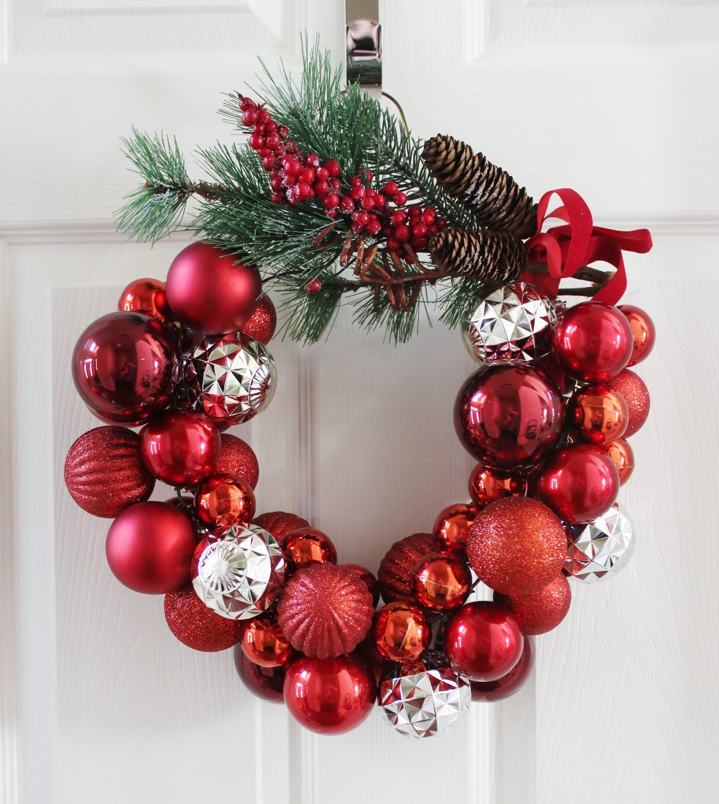 DIY Ornament Wreath for Christmas