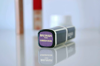 Packaging labial L'oreal riche matte colección Balmain