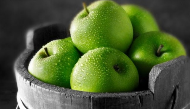Berikut Delapan Manfaat Kesehatan Konsumsi Apel Hijau Secara Rutin