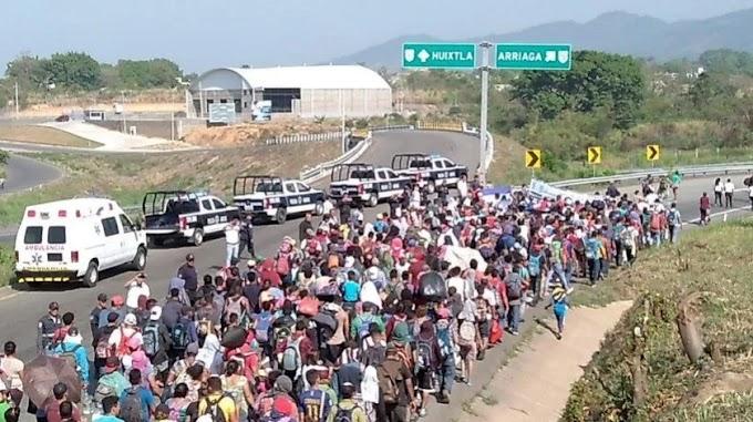 AMLO ofrecerá trabajos a migrantes para combatir flujo de migrantes