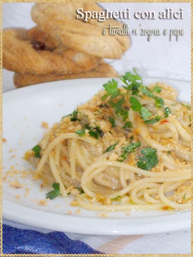 Spaghetti con alici e taralli n'zogna e pepe