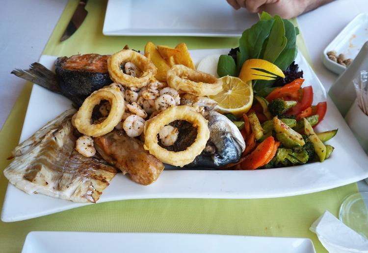 Euriental | Istanbul, Turkey. Byzantium hotel restaurant mixed seafood platter