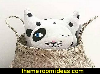 Knitted Cotton Ogle Cat Shaped Throw Pillow