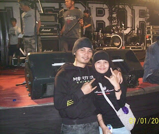 Cecen Core & Epi Friezta Dewi Hasibuan di konser Terror di Medan