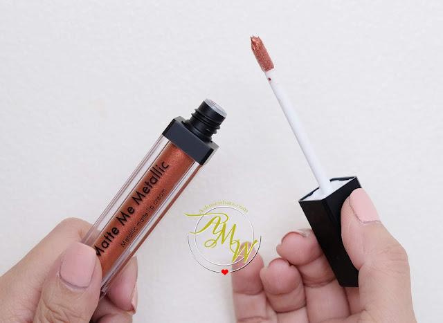 a photo of Sleek MakeUP Metallic Matte Lip Cream in Copperplate Review