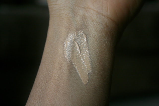 Osmosis Color Performance Wear Satin Foundation Golden Medium
