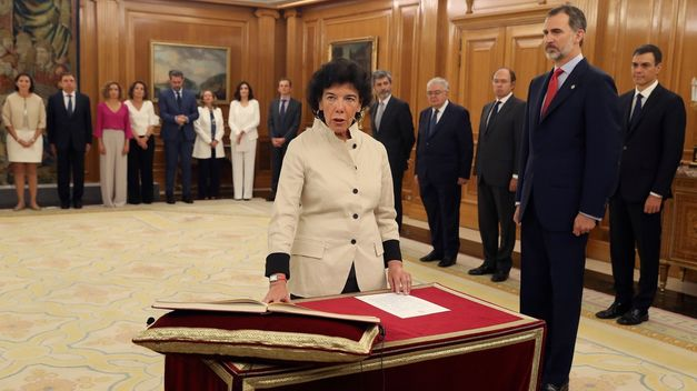 Educación, Ministra de Educación, Isabel Celaá, derogación de LOMCE