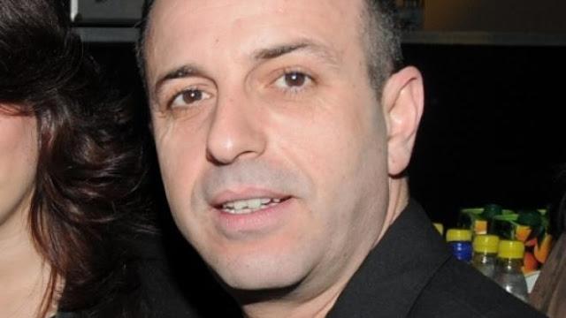 Ναύπλιο: Το λυόμενο, ο φλογερός παπάς και ο Δήμαρχος