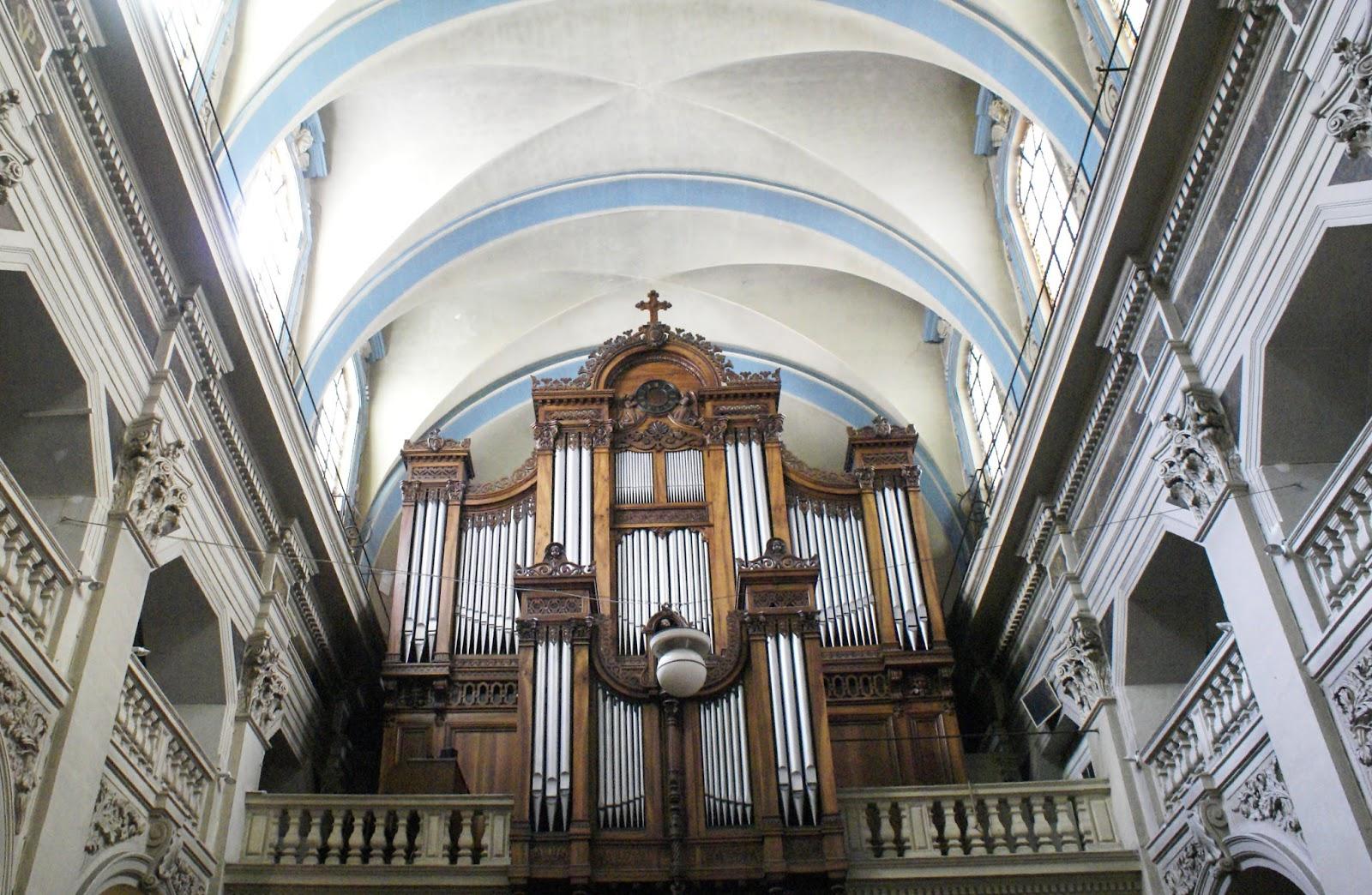 saint polycarpe church lyon croix rousse rhône alpes synbud blogtrip