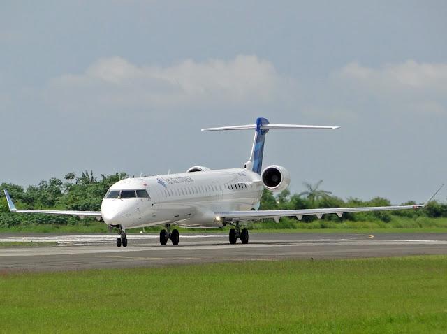 Garuda Indonesia Bombardier CRJ1000