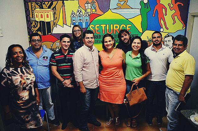 Prefeitura de Delmiro Gouveia realiza reunião com empresários e representantes da Associação Comercial