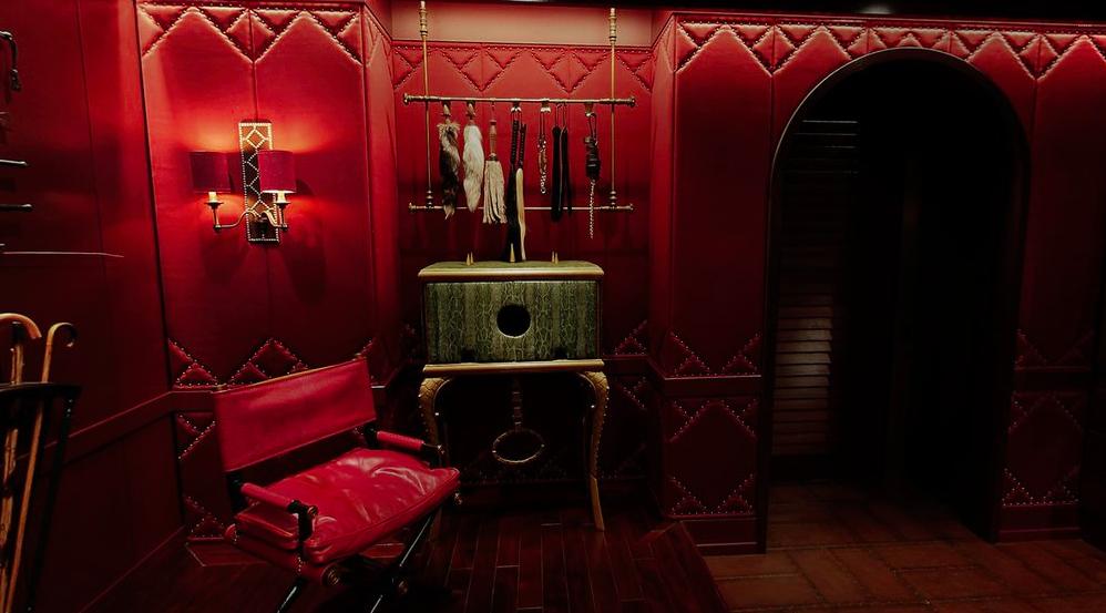 фото красной комнаты боли ответа, почему появилось