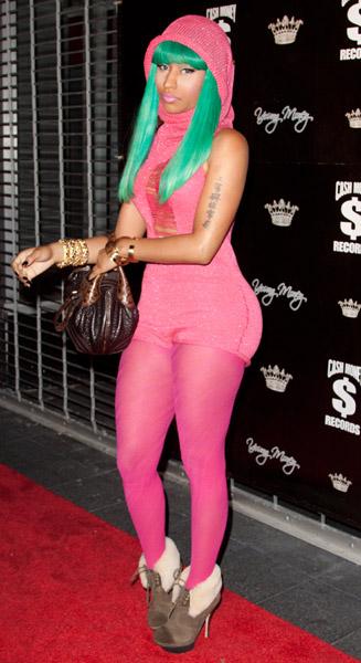 guyij cinok: Nicki Minajs Alleged Sex Tape Hits the Internet