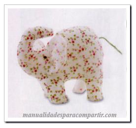 Elefantito de tela paso a paso. Manualidades con tela,