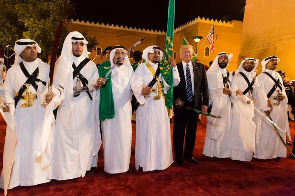 Αποτέλεσμα εικόνας για Ντόναλντ Τραμπ και ο βασιλιάς της Σαουδικής Αραβίας