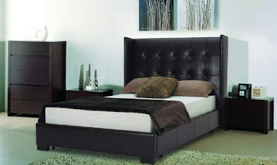 kamar tidur dengan nuansa romantis