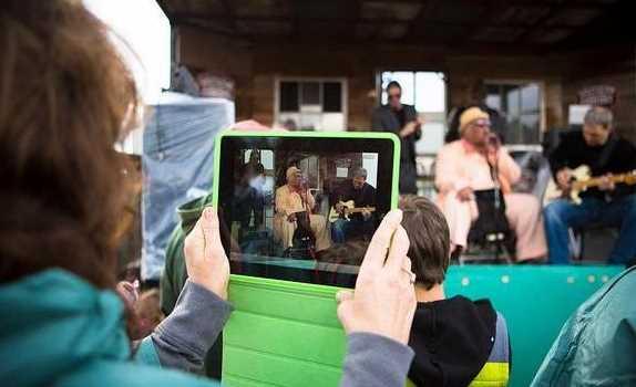 Tips Menghasilkan Foto dan Video Apik Dengan Kamera Tablet