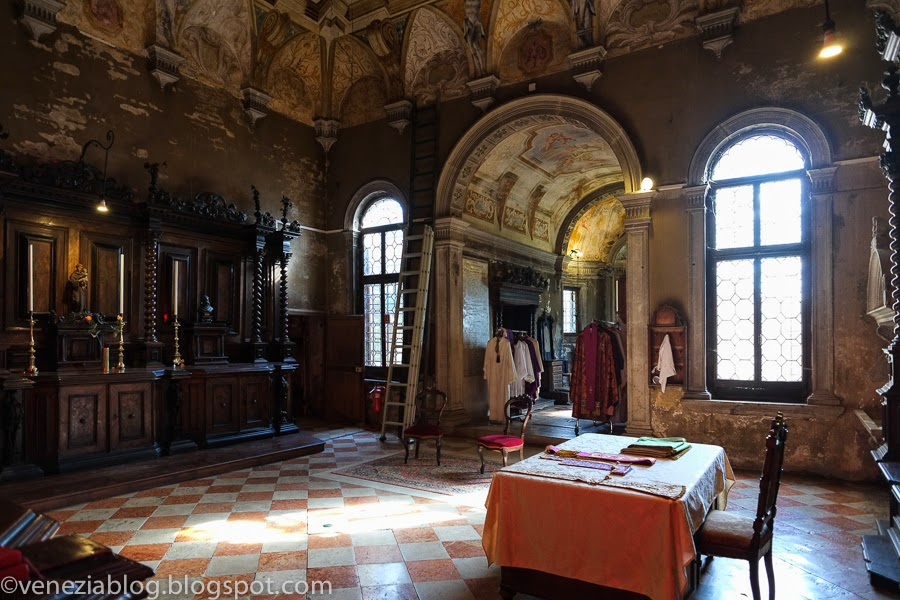 Venezia Blog 7 Views Inside The Church Of San Michele On