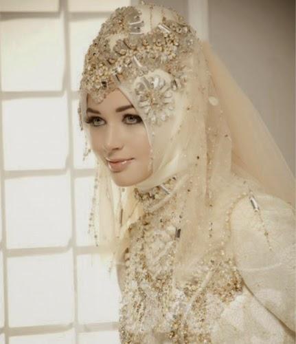 model baju pengantin hijab