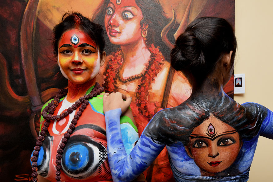 The Live Body Painting Art Show In Kolkata