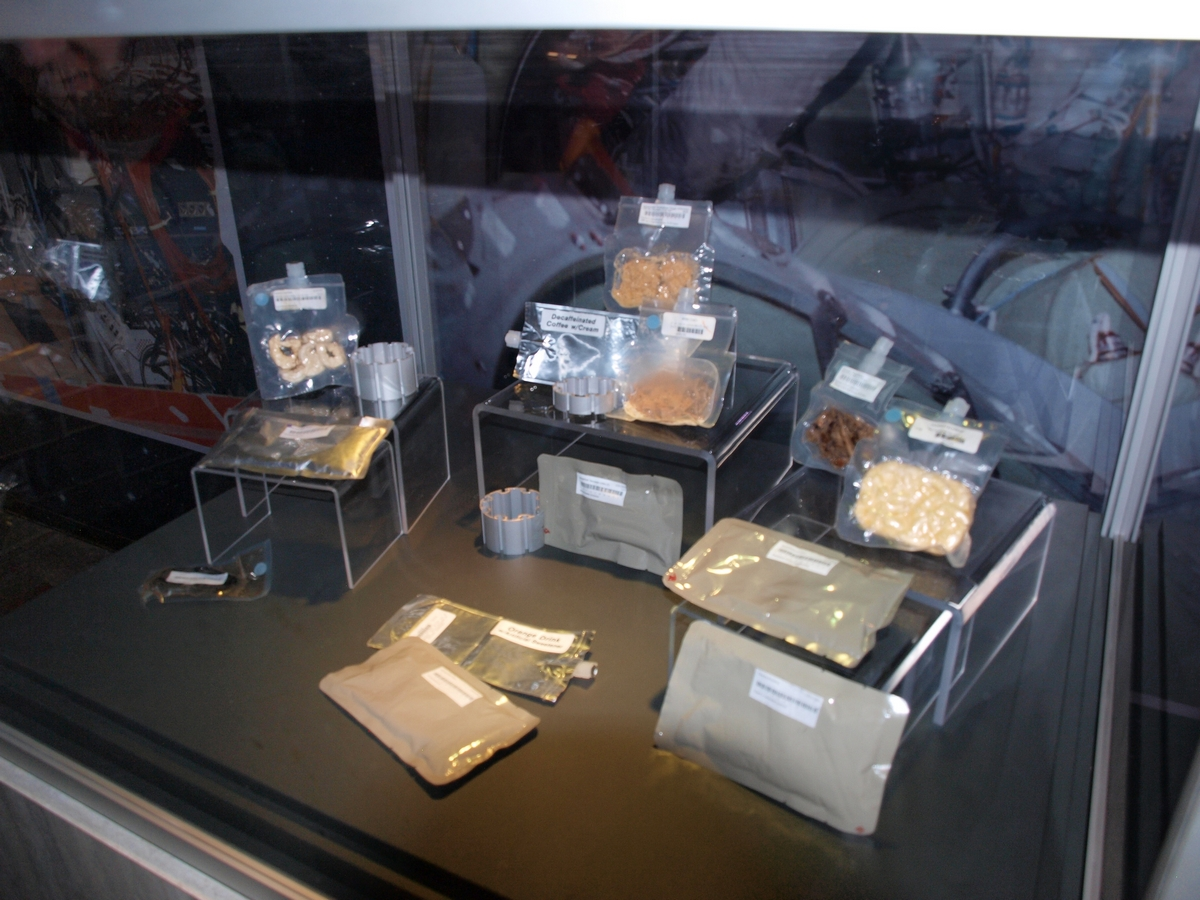Żywność dla astronautów podczas realizacji misji kosmicznych | Fot: polskiastrobloger.pl