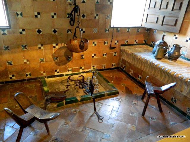 Recriação de uma cozinha do Século 16 no Museu Casa de El Greco, Toledo, Espanha