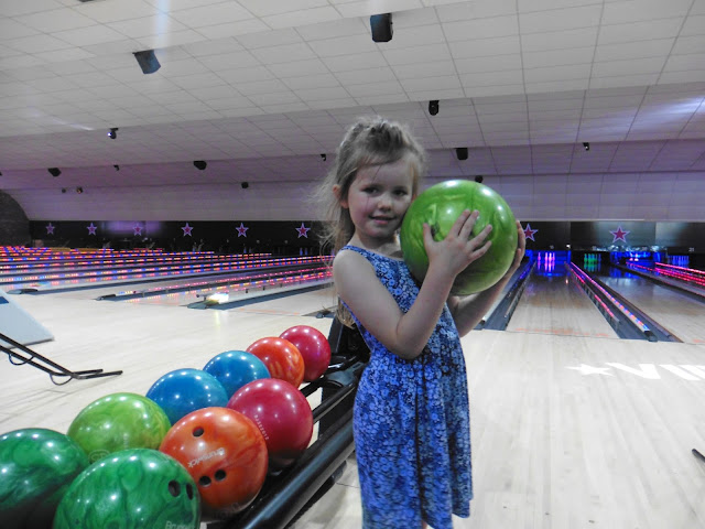 hollywood bowl vip bowling experience washington review