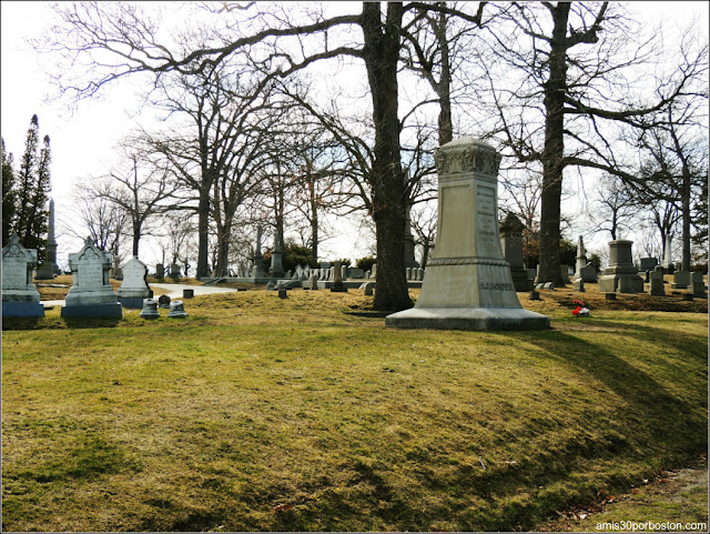 Oak Grove Cementery, Fall River