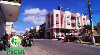 Iniciada a instalação dos semáforos no centro de Picuí; veja vídeo
