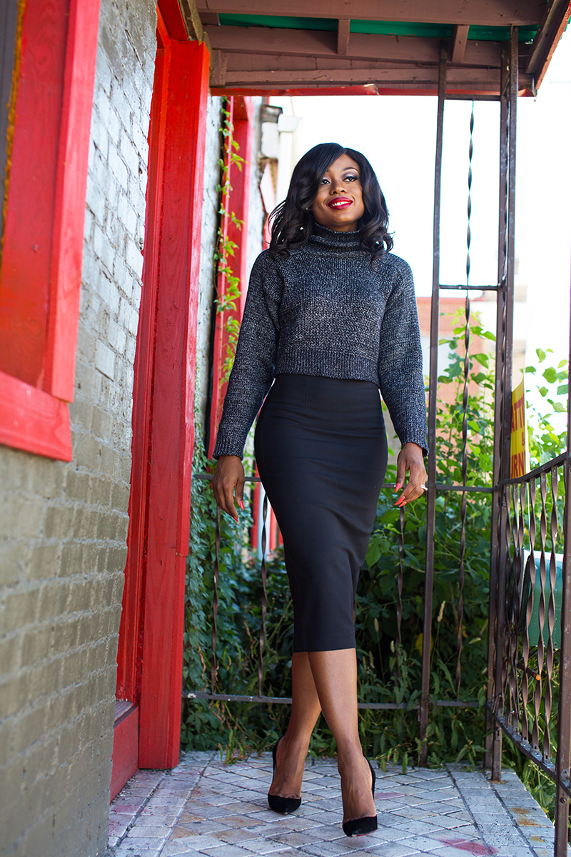 What to wear to work, pencil skirt  and cable knit sweater, christian louboutin