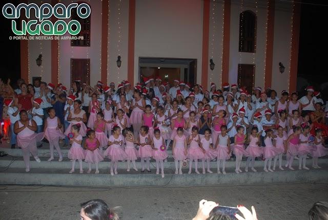 Cantata Natalina foi realizada pela Secretaria de Assistência Social de Amparo