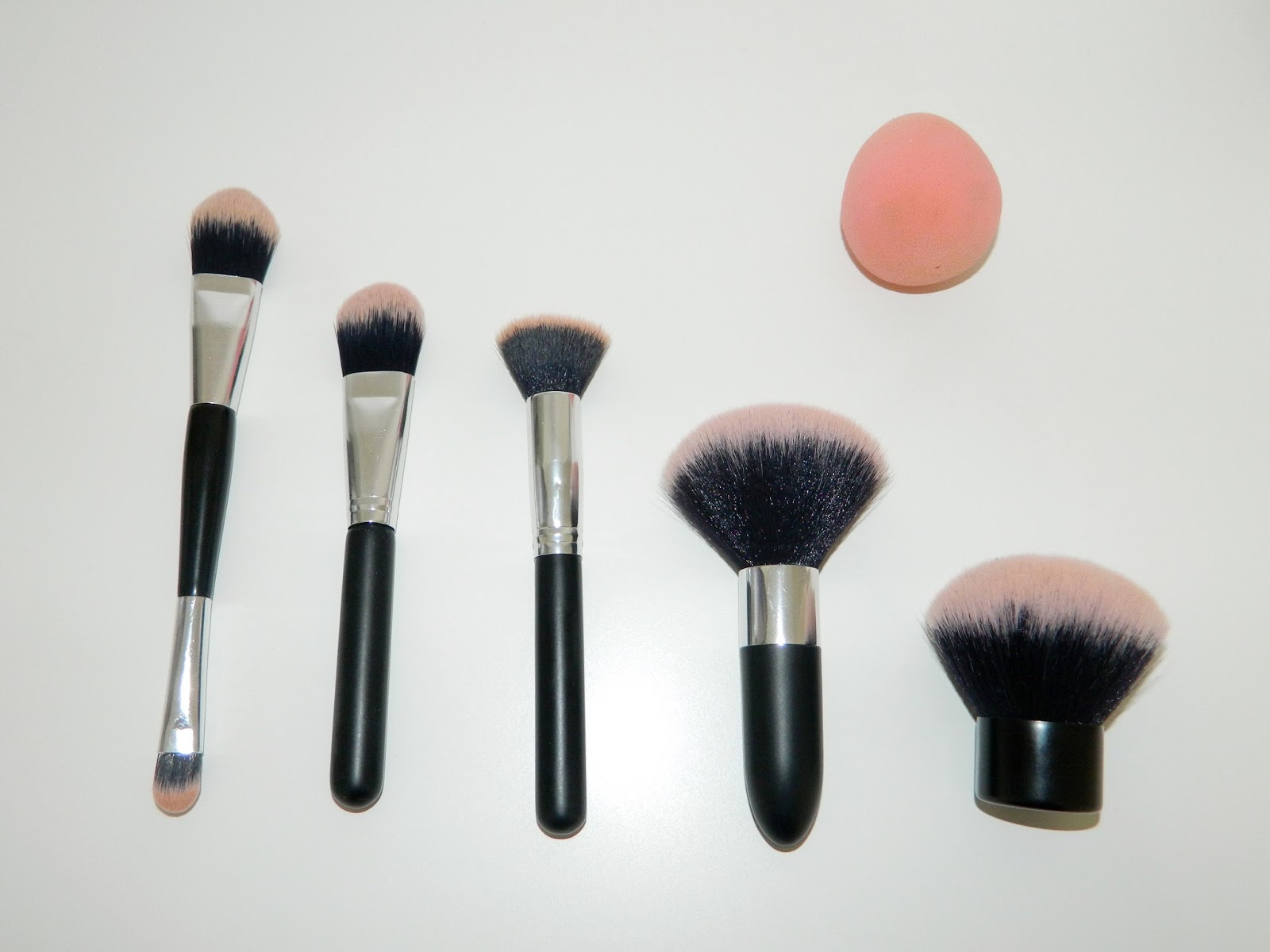 f0916056a40 Reviews with Michelle: Primark Beauty Make Up Brush Review!