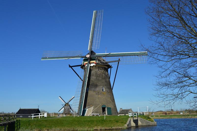 Cối xay gió một trong những biểu tượng của đất nước Hà Lan