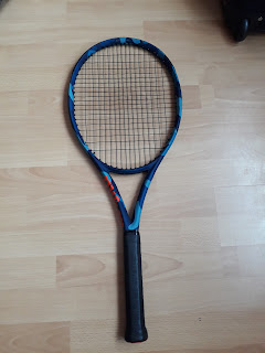 Wilson Ultra 100 Light Camo tennis racket